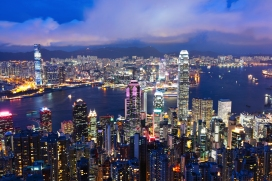 Hong-Kong-skyline-at-night